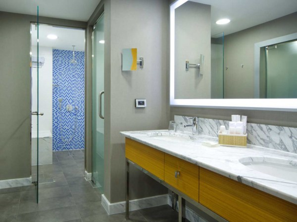 AERZB-superior-room-bathroom-suites